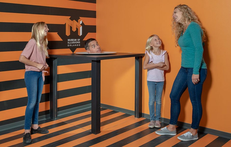 Museum of Illusions Orlando Head on the Platter