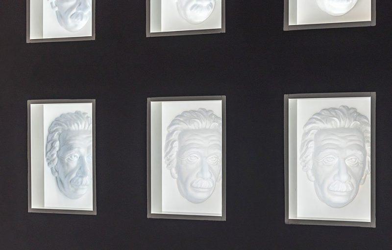 Hollow Face Illusion